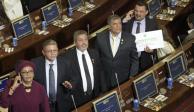 Ocho exguerrilleros de las FARC juran como legisladores en Colombia