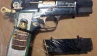 """Pistola con imagen y frases de """"El Chavo del 8"""" es asegurada en Sinaloa"""