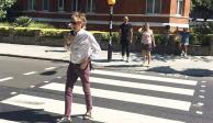 Paul McCartney cruza Abbey Road 49 años después