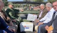 VIDEO: López Obrador recorre Base Aérea de Santa Lucía