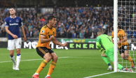 Jiménez se estrena con gol en la Premier League y da un punto a su equipo