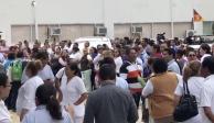 Trabajadores retienen a esposa del gobernador de Tabasco; exigen pagos