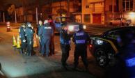 Trata de evadir alcoholímetro y atropella a dos policías en la GAM