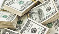 Dólar inicia la semana en 18.60 pesos en terminal aérea capitalina
