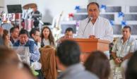 Gobernador de Guerrero aplaude trabajo de médicos de la entidad