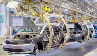 Industria automotriz buscan fortalecer mercado interno en 6 años más