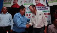Exalcalde por el PAN se suma a candidato del PRI en Huixquilucan