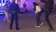 VIDEO: Policía de Washington investiga a oficial que pateó a un menor