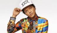 Bruno Mars sorprende con kilos de más durante sus vacaciones