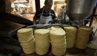 Sin justificación, alza al precio de la tortilla, advierte Secretaría de Economía