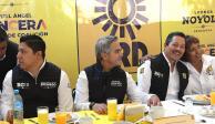 Con reuniones con empresarios y candidatos inicia Mancera gira por SLP