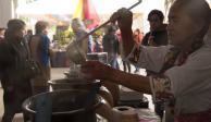 Atole, el eterno acompañante de los tamales en este Día de la Candelaria