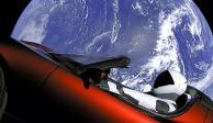 FOTOS: Lanza SpaceX auto a Marte en cohete Falcon Heavy