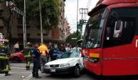 Tránsito pesado en Xola por choque de Metrobús