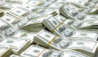 Casas de cambio del AICM venden dólar en 20.02 pesos
