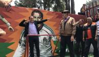 Vuelve Cuauhtémoc Blanco a su barrio natal para develar murales en su honor