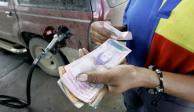 Gasolina con subsidio, sólo para censados con carnet de la patria, anuncia Maduro