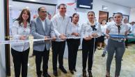 Entrega Astudillo equipo para transparentar obra pública en Guerrero