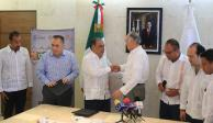 Firman Guerrero y Sanborns convenio para promover gastronomía del estado