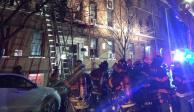 Suman 12 muertos por incendio en edificio residencial del Bronx, en NY