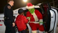 VIDEO: Niño llama al 911 por temor a que el Grinch se robe la Navidad