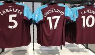 West Ham subastará camisas de <i>Chicharito</i> para apoyar a México