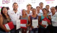 """Ivette Morán de Murat encabeza gira de trabajo """"Juntos"""" en Oaxaca"""