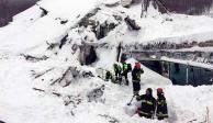 Rescatan 2 cuerpos más tras avalancha que sepultó a hotel en Italia