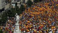 Miles marchan en Barcelona contra independencia de Cataluña