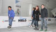 Con show de patinaje artístico, inaugura BJ pista de hielo