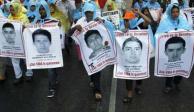 Diputados avalan continuidad de Comisión Ayotzinapa y modifican objetivo