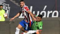 Sin Tena, Chivas por fin anota y gana en el Guard1anes 2020