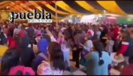 En Puebla celebran procesión en plena pandemia y sin sana distancia