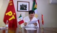 El diputado Gerardo Fernández Noroña se disculpa con Adriana Dávila