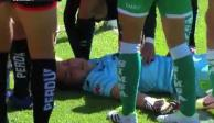 VIDEO: Portera de Santos se desvanece tras terrible caída en la Liga MX Femenil