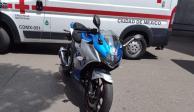 Motociclista muere tras estrellarse con transporte público en la Verónica Anzures