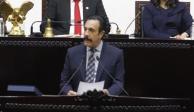 El gobernador de Hidalgo durante su quinto informe en el Congreso local, ayer.