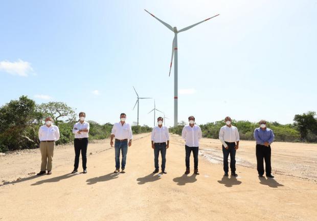 Se inauguró el Parque Eólico Progreso, en Yucatán