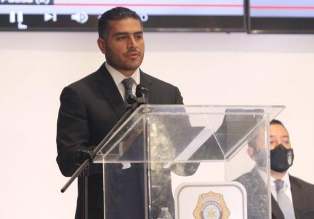 Omar García Harfuch reconoce la labor de los policías de la Ciudad de México.