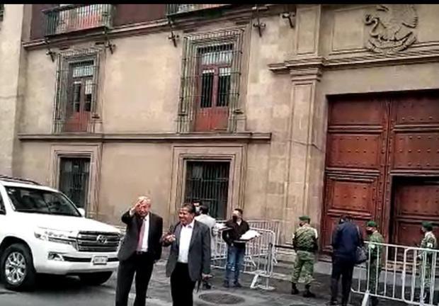 Llegan gobernadores de Morena para reunirse con el Presidente López