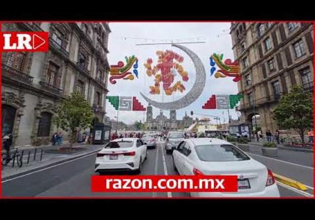 Adornos y videomapping en Zócalo CDMX por 500 años de Resistencia Indígena de México-Tenochtitlán