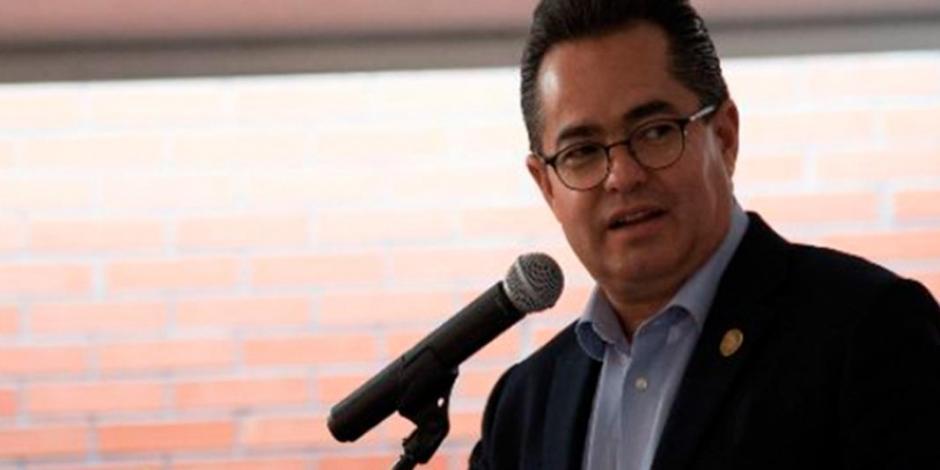 Alista Leonel Luna reforma para aumentar penas a deudores de pensión alimenticia