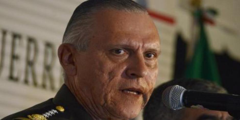 Cienfuegos pide que militares regresen a los cuarteles