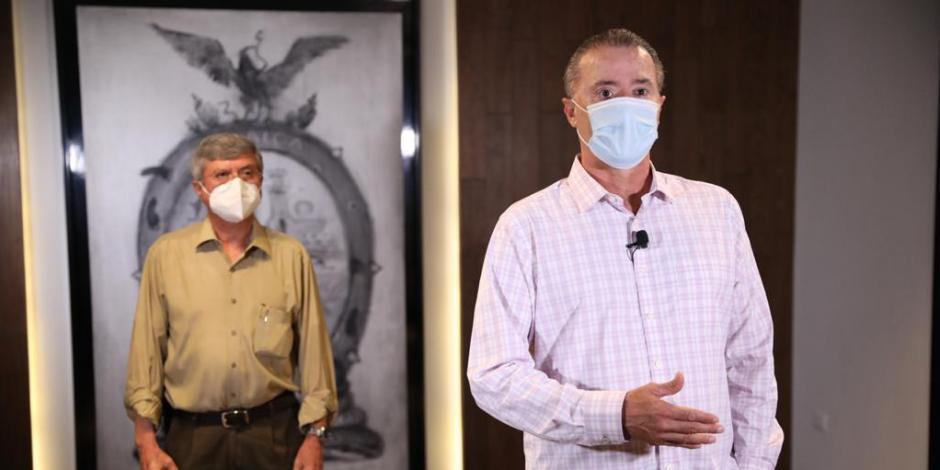 El gobernador toma previsiones para poder vacunar a sinaloenses