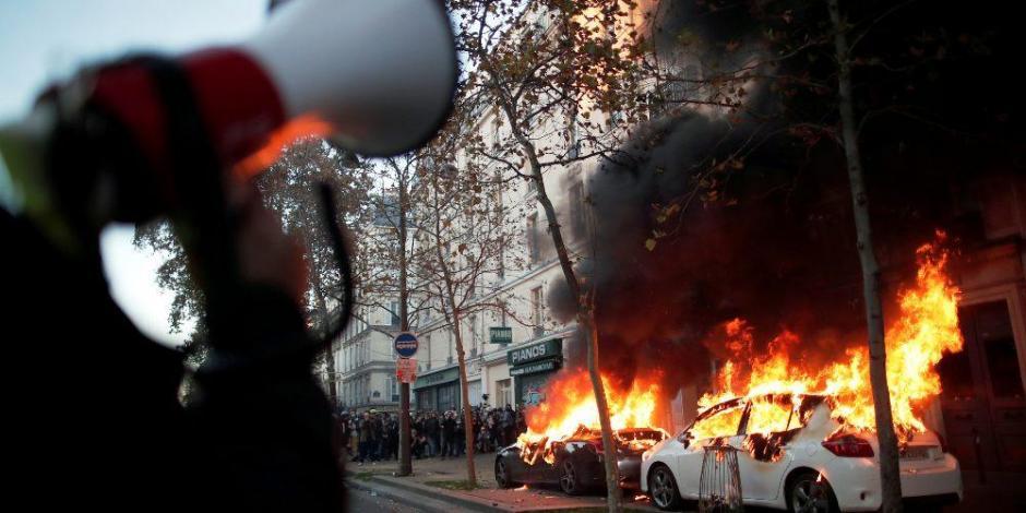 manifestantes-paris-policía-