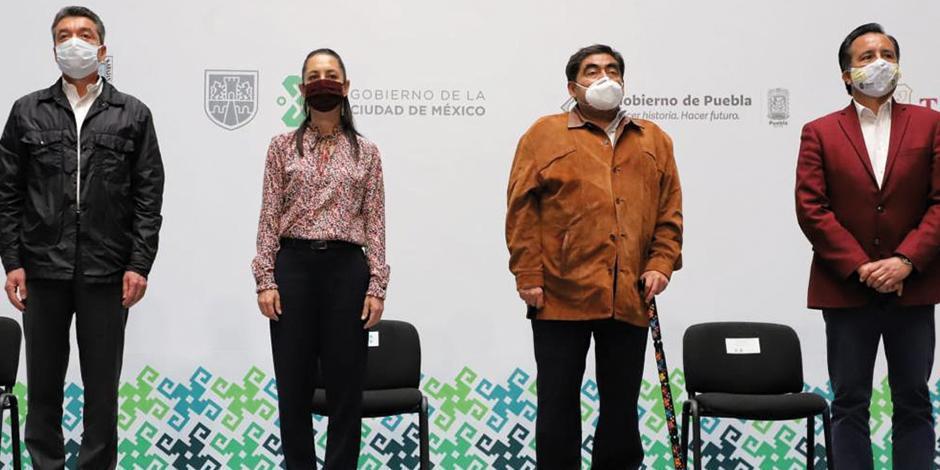 de izq. a der. R. Escandón, (Chiapas), C. Sheinbaum (CDMX), M. Barbosa (Puebla) y C. García (Veracruz), ayer en conferencia.