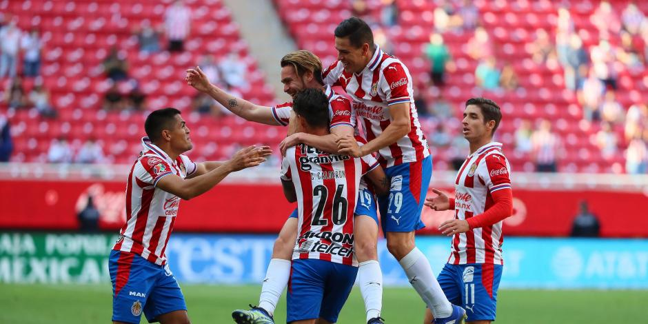 VIDEO: Resumen del Chivas vs Santos, Jornada 13, Guard1anes 2021