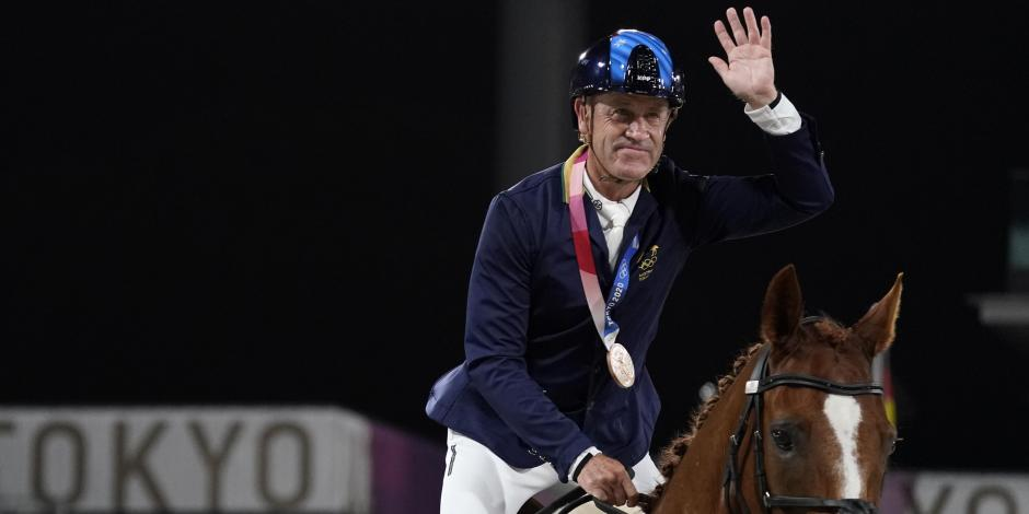 TOKIO 2020: Jinete australiano gana medalla olímpica a los 62 años de edad