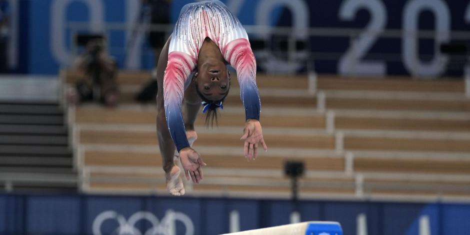 TOKIO 2020: Simone Biles regresa, se luce y se cuelga el bronce en viga de equilibrio