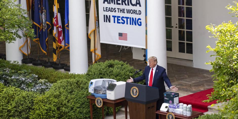 Trump declara victoria sobre el COVID-19 cuando las muertes superan las 80,000